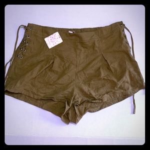 Free People Silver Springs Shorts Linen Olive